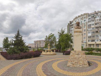 pamyatnik-t-g-shevchenko-418x316-9896034